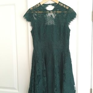 Emerald Green Lace Cocktail Dress